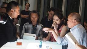 吴宇森《追捕》拍摄花絮 张涵予赞沙龙网上娱乐精力旺盛