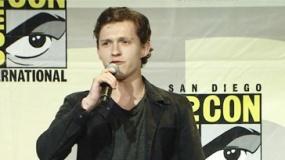 《蜘蛛侠》圣迭戈发布会 汤姆·霍兰德活泼好动