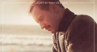 《大洋之间的灯光》新角色海报 或入围威尼斯影节