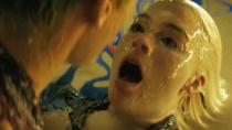 《X特遣队》原声MV 展现小丑、哈莉·奎茵感情戏