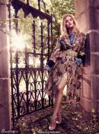 罗茜·汉丁顿变林中仙女 长腿逆天演绎浪漫唯美