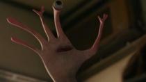 《寄生兽》终极预告 神秘物种残暴侵袭全人类