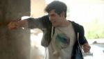 《钢铁骑士》日版预告片 少年意外获得超能力