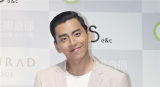 《老手》将拍中国版 王大陆有望出演刘亚仁角色