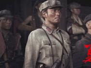 《勇士》倒计时 李东学钻研角色被调侃像查户口