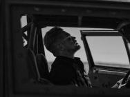 《金刚狼3》曝新片场照 黑白照片风格阴郁