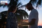 由丹尼斯·甘塞尔执导,杰森·斯坦森、杰西卡·阿尔芭、汤米·李·琼斯和杨紫琼主演的犯罪动作电影《机械师2:复活》已经定档于10月21日全国上映。五年前,杰森·斯坦森在《机械师》中塑造了一个近乎完美的性感硬汉杀手;五年后他再度出演该系列,不仅再现精妙绝伦的暗杀技能,还和巧克力美人杰西卡·阿尔芭谈起了恋爱。