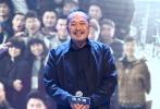 """10月16日,刘青云、谢霆锋亮相新片《惊天破》的北京首映礼。在港片稍显低潮的大背景下,两人不断各自携作品北上,也因此成为了内地观众心中香港电影宝贵且难以替代的""""顶梁柱""""。面对老生常谈的""""青黄不接""""质疑,谢霆锋在《惊天破》发布会上也进行了反驳,直言港片""""不缺演员,更缺编剧""""。"""