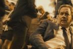 《达芬奇密码》系列续集《但丁密码》已在全球45个国家陆续上映,成绩喜人,全球开画地区首周末票房超过5000万美元,成为该周电影市场最大赢家。今日,影片曝光动作版预告及海报,将劲爆刺激的动作场面及祸及全球的瘟疫阴谋尽收眼底。据悉,影片将于内地10月28日中美同步上映。