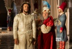 """11月10日,法国冒险喜剧电影《阿拉丁与神灯》在京举办""""法式乱舞""""超前看片会。影片曾在法国本土获得年度票房冠军,用大量现代元素颠覆性演绎了古老的阿拉伯民间故事,展现了风味独特的""""法式""""无厘头。"""