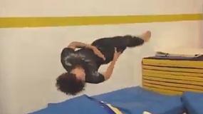 《蜘蛛侠:归来》拍摄直击 男主为拍摄练习后翻