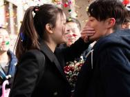 《28岁未成年》推广曲MV 倪妮陷三角恋找寻初心