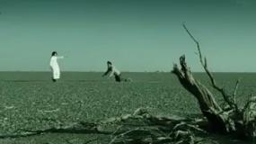 《沙漠之心》曝光预告 五人小队穿越沙漠被困