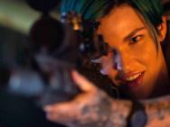 《极限特工3》曝国际版预告 女狙击手大显神威