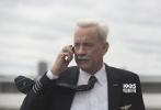 """今日,由华纳兄弟电影公司出品的震撼空难大戏《萨利机长》发布""""208秒奇迹解析""""视频,首次细致还原真实事件前因后果。影片由奥斯卡金像奖最佳导演克林特·伊斯特伍德执导,汤姆·汉克斯、艾伦·艾克哈特等人主演,影片定档12月9日登陆全国影院。"""
