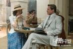 """由奥斯卡金牌导演罗伯特·泽米吉斯执导,好莱坞巨星布拉德·皮特联合奥斯卡影后玛丽昂·歌迪亚共同主演的爱情谍战巨制《间谍同盟》将于11月30日在国内公映。继此前曝光终极预告片后,今日,一支男女主人公的""""绝密档案""""视频露出,""""黑白无间""""人物海报让男女主角复杂的身份和敌我关系悬念再度升级!"""