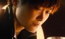 《摆渡人》曝光香港预告 李宇春举杯泪洒酒吧