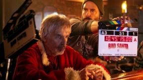 《圣诞坏公公2》幕后特辑 比利·鲍伯片场狂飙车