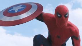 《蜘蛛侠归来》日版沙龙网上娱乐 小蜘蛛钢铁侠并肩作战