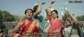 《功夫瑜伽》舞火到印度了?印度大妈挑战中国大妈