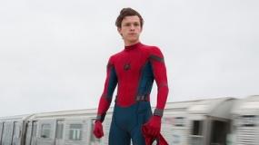 《蜘蛛侠:英雄归来》特辑 细致展现史塔克黑科技