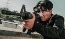 《非凡任务》以毒攻毒预告 黄轩摩托飞车破窗爆裂开战