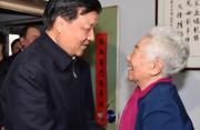刘云山看望表演艺术家于蓝 致以诚挚问候和新春祝福