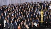 89届奥斯卡举办提名午宴 好莱坞群星拍大合影