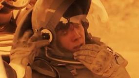 """《世界之外》片段 火星版""""速度与激情"""""""