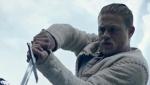 《亚瑟王》预告片 现实梦境穿插现代感十足