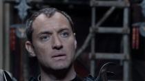 《亚瑟王:斗兽争霸》预告片 黑帮魔幻视效惊人