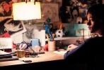 """由胡安·安东尼奥·巴亚纳执导,刘易斯·麦克杜格尔、菲丽希缇·琼斯、西格妮·韦弗等联袂出演,连姆·尼森特别""""献声""""的好莱坞暖心治愈神作《当怪物来敲门》,已于5月19日登陆全国各大银幕。"""