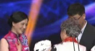 组委会大奖揭晓 《老阿姨》《中国推销员》获奖