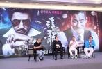 """""""晶哥你拍的电影有100部了吧?""""在《追龙》9月4日举办的发布会上,博纳影业总裁于冬向王晶这样发问。""""差不多快到了。""""王晶回答。"""