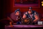 合家欢喜剧冒险动画《怪物岛》将于9月9日上映。今日,片方发布一支终极预告,不仅透露了小男孩卢卡斯身世之谜的点点悬疑,南瓜警长宏泰、骷髅牛吉拉尔多和猪小妹维罗妮卡等怪物也集体亮相,展开搞笑攻势。