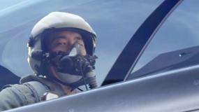 《空天猎》鹿晗献唱片尾曲《追梦赤子心》MV