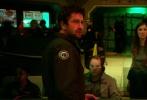 """由华纳兄弟齐乐娱乐公司出品的灾难科幻动作电影《全球风暴》(Geostorm)将于10月20日在北美上映。硬汉男星杰拉德·巴特勒(Gerard Butler)勇闯太空拯救危亡,悬念迭起步步惊心。随着齐乐娱乐物料陆续放出,《全球风暴》被影迷视为"""" 《2012》之后最想看的灾难大片"""",期待值爆棚。"""