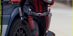 保罗·路德拍《蚁人2》着战服大吼 变身超级英雄