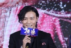 华语动作沙龙网上娱乐《狂兽》11月5日在北京举行首映发布会,监制黄柏高、沙龙网上娱乐李子俊携主演张晋、余文乐、吴樾亮相。当天,主题曲演唱者许志安也惊喜现身,并现场献唱了这首同名主题曲为影片助阵。