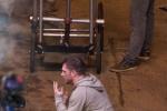 《毒液》最新片场照曝光 汤姆·哈迪对空气飙戏