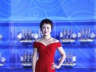 丝绸之路电影节今晚闭幕 马丽一身红裙亮相红毯