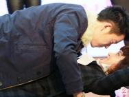 《泡芙小姐》路演 张歆艺王栎鑫玩贴面俯卧撑