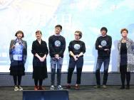 《至爱梵高》北京点映 张亚东现身分享配音心得