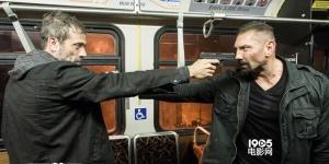 《双面劫匪》今日上映 打造轰动全美的生死大劫案
