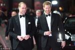 两位王子助阵《星战8》伦敦首映 黛西性感秀美肩