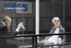 由马楚成执导,梁朝伟、吴亦凡、唐嫣、杜鹃等联袂主演的动作电影《欧洲攻略》,今日曝光了首组剧照。
