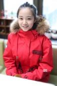 林心如签约童星杨志雯艺考 红衣亮相北电青春洋溢