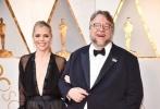 北京时间3月5日,第90届奥斯卡金像奖颁奖典礼在好莱坞杜比剧院举行,红毯上星光熠熠,巨星云集。图为:《水形物语》沙龙网上娱乐吉尔莫·德尔·托罗。