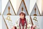 北京时间3月5日,第90届奥斯卡金像奖颁奖典礼在好莱坞杜比剧院举行,红毯上星光熠熠,巨星云集。图为: 阿涅斯·瓦尔达。