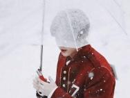 鹿晗跑男路透维也纳雪中漫步 粉丝喊话注意保暖